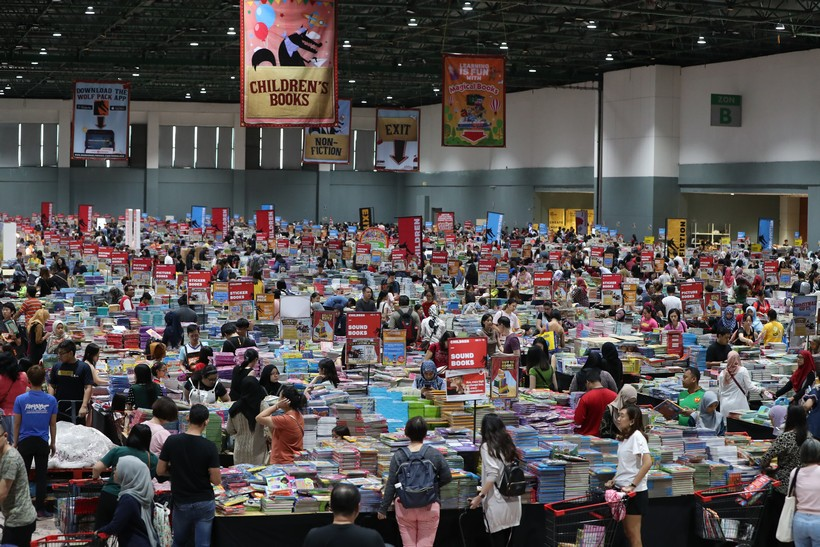 The Big Bad Wolf Book Sale Turns 10 Visionkl